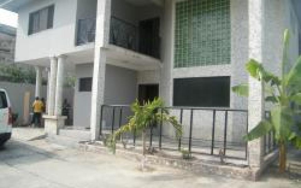 warri house